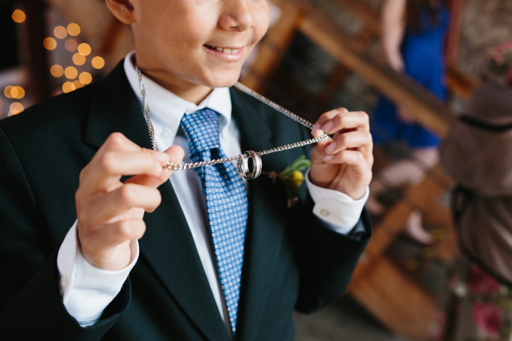 This is a great idea for ring security while the ring bearer has the rings.